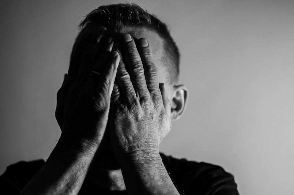 كيفية العلاج من الاكتئاب بدون أدوية